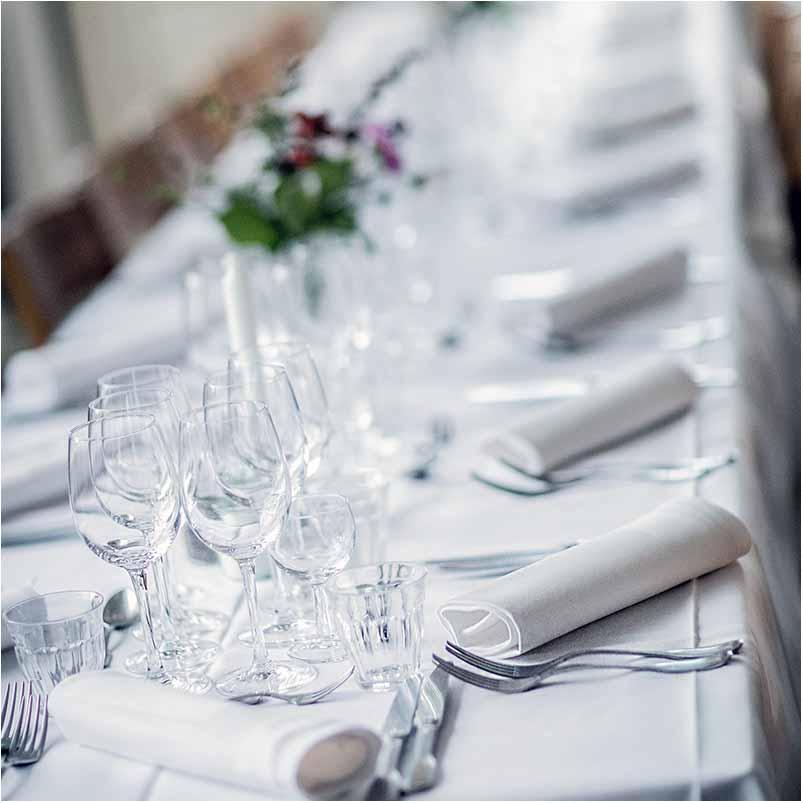 bord pynt bryllup på Fyn