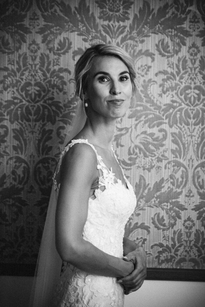 Hvilket fotoudstyr bruger en bryllupsfotograf?